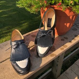 Kenneth Cole Navy/White Flats